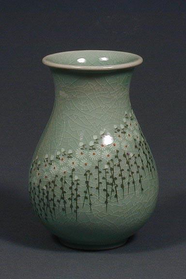 Tulip Shaped Chrysanthemum Vase