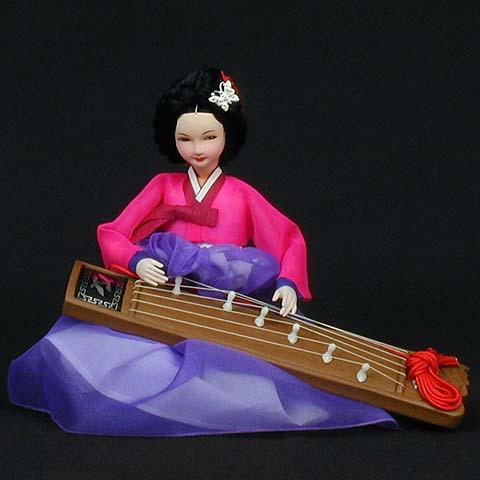Kaya Geum Doll