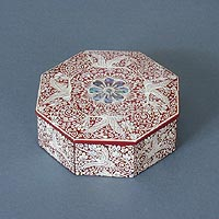 Octagonal Inlaid Mother of Pearl Box - Closed